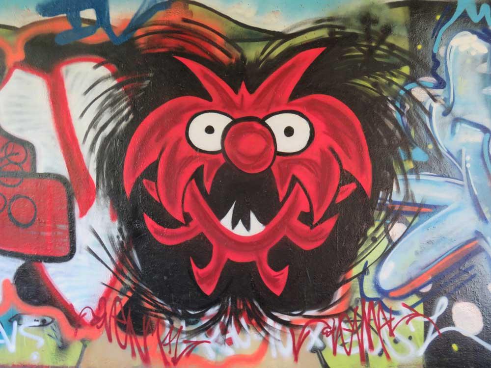 Vierde Svenimal graffiti Amsterdam (Sven Bakker)